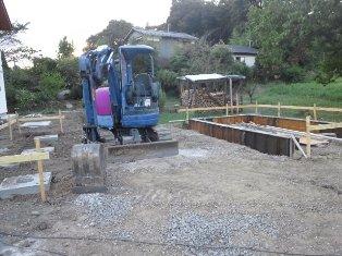車庫の基礎工事
