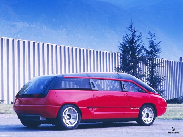 1988_Bertone_Lamborghini_Genesis_030.jpg