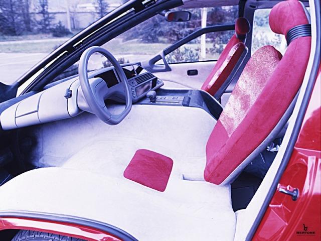 1988_Bertone_Lamborghini_Genesis_06.jpg