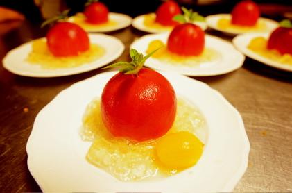 ゼリー寄せのトマト