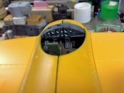 140916_falco_cockpit04.jpg
