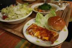 カチョカヴァロと卵のピザ風トースト他