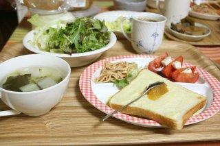 月曜の朝食