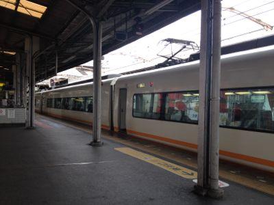 鶴橋駅に到着