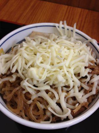 牛鍋丼+チーズ