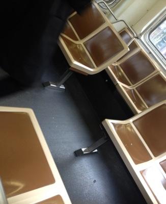 ミュニバス 椅子の様子