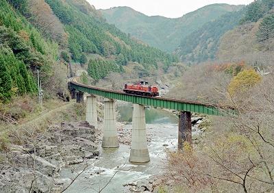 s-takayamaDD51_981118-03.jpg