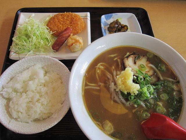 11:43 ニンニクラーメン定食~\(^o^)/