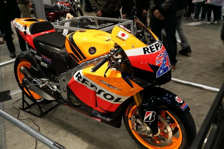 motorcycles-b_0020f.jpg