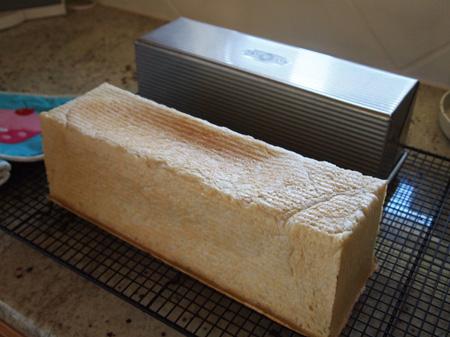 久々の食パン