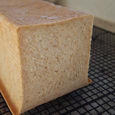 食パンできた~