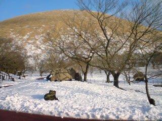 雪のさくらの里