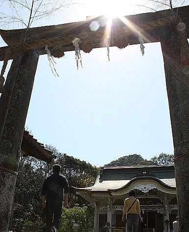不思議な雰囲気の神殿♪