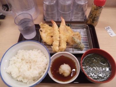 141015さん天巽北店海老と鶏の天ぷら定食590円