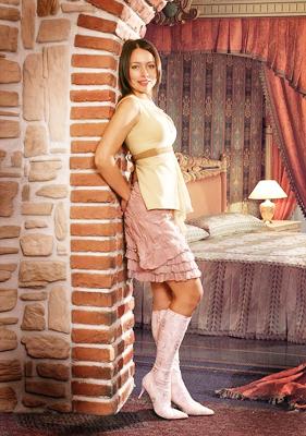 ANnu0008-P9-Elena_1.jpg