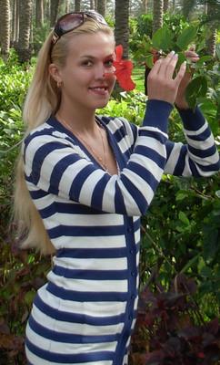 Elena2406.jpg