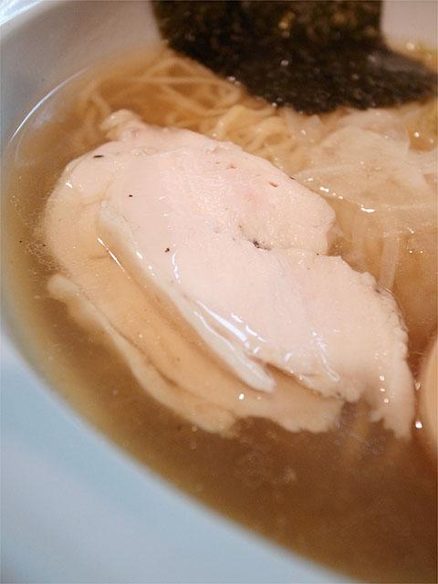 120409月麺labo-鶏飛魚ラーメンしお・鶏チャーシュー