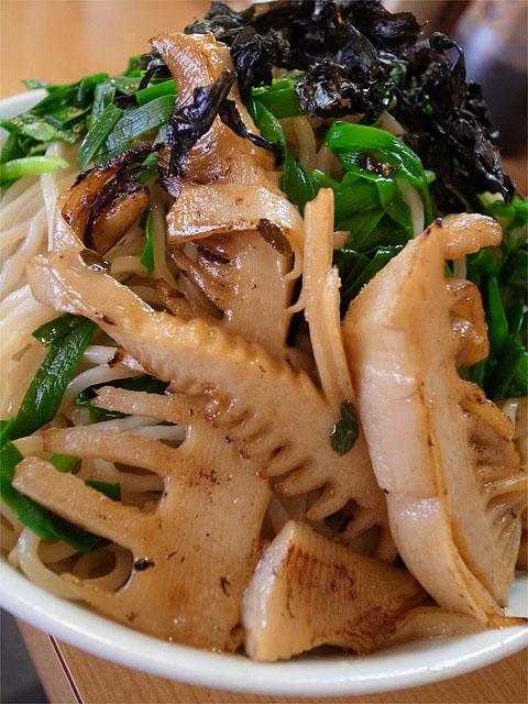 1204121麻麻-ニラ海苔つけ麺・筍