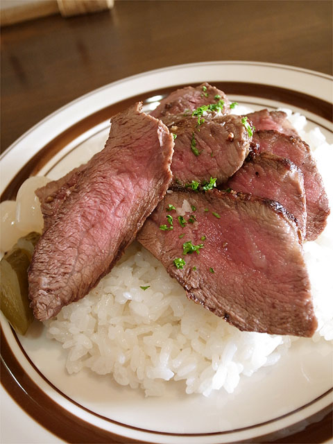 120428okada-特選飛騨牛シンシンのステーキカレー・ご飯