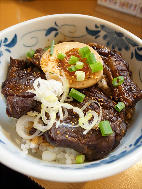 120525麻麻-ナンコツ丼