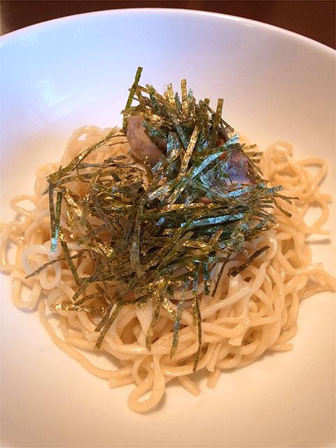 120720かかざん-石焼チーズつけ麺・麺