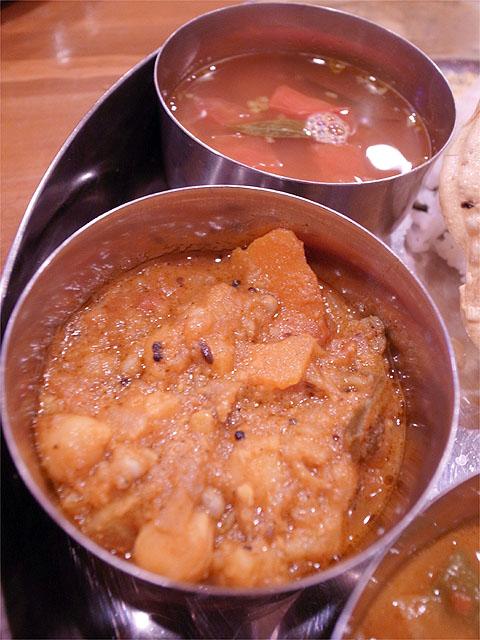 120701ニュートンサーカス-南インド式ミールス・豆カレー&ラッサム