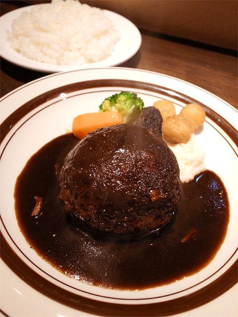 121127OKADA-モッツァレラハンバーグステーキとご飯