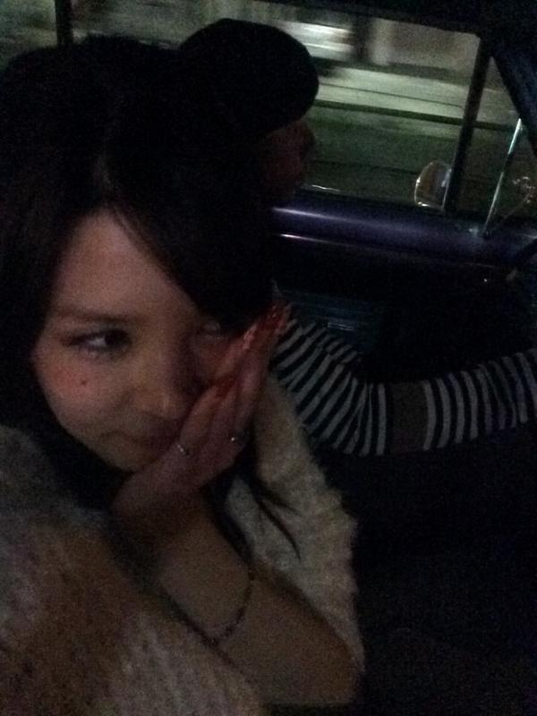 坂口杏里がツイートしたバイきんぐ小峠とのデート画像