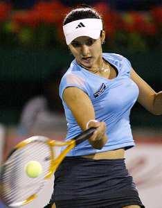 巨乳過ぎるテニスプレーヤー