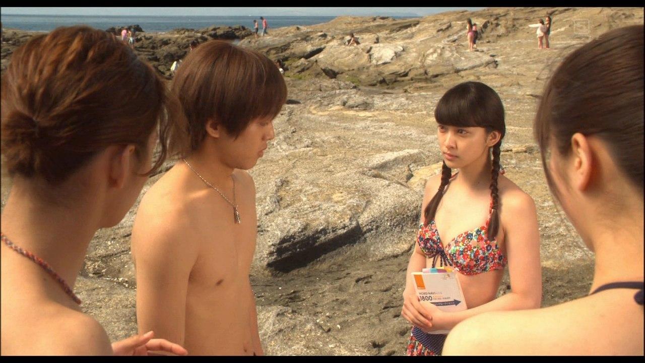 映画「今日、恋をはじめます」、武井咲の水着シーン