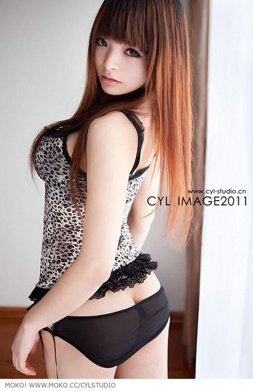 中国人コスプレイヤーの李玲さん
