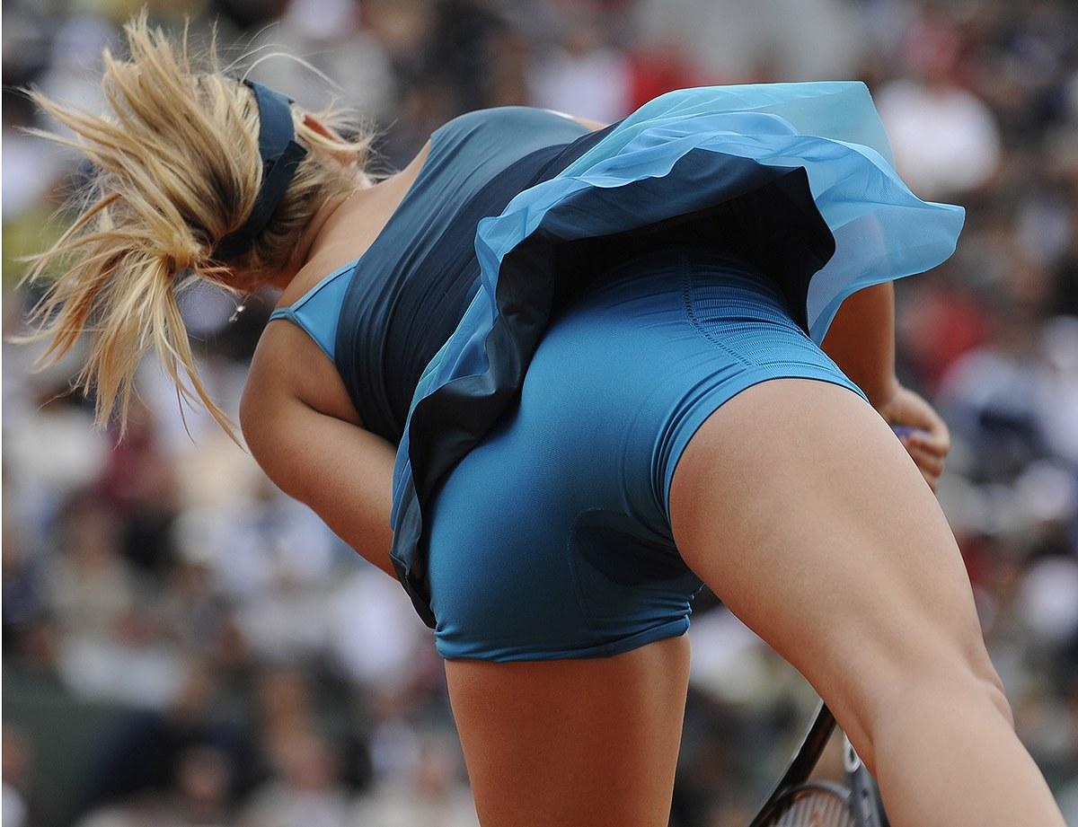 女子テニス選手のパンチラ