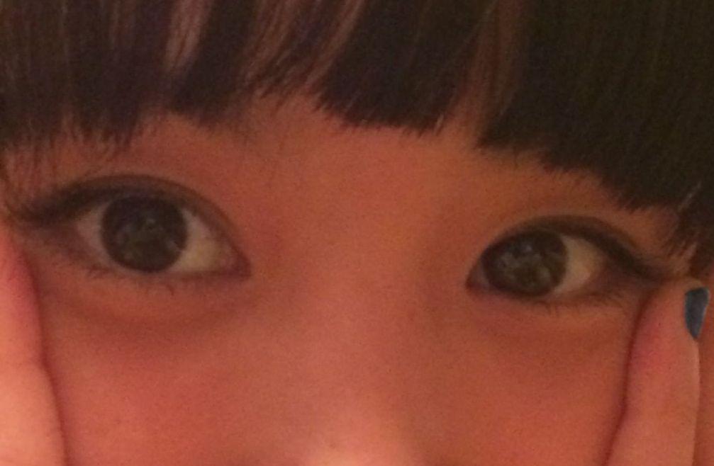 あべこうじがツイートした高橋愛の画像、高橋愛の瞳に映るあべこうじ