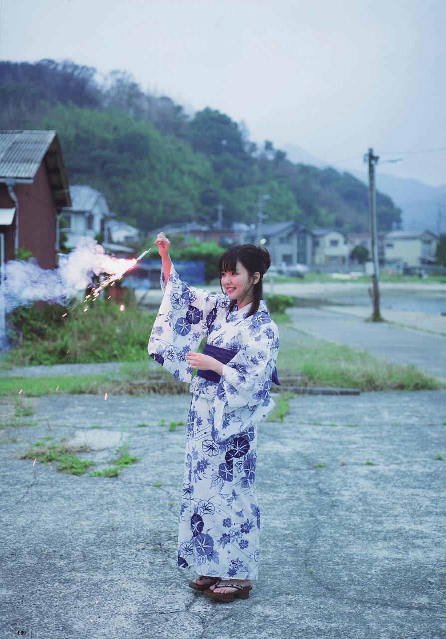 真野恵里菜写真集「ZERO」の画像