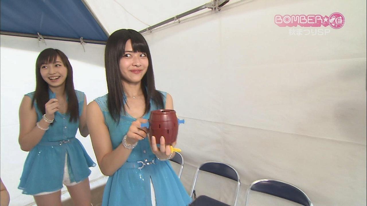 ワキガで黄ばんだ衣装を着てるJuice=Juiceの金澤朋子