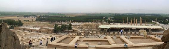 900px-PersepolisPanorama2007.jpg