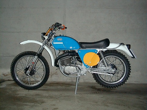 125GS_1973.jpg