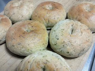 ヨモギベーグルパン