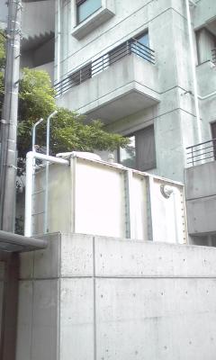 外観西受水槽、100802_1307~01