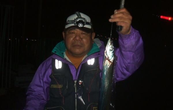 喜多さんも釣ってはりまっせ♪