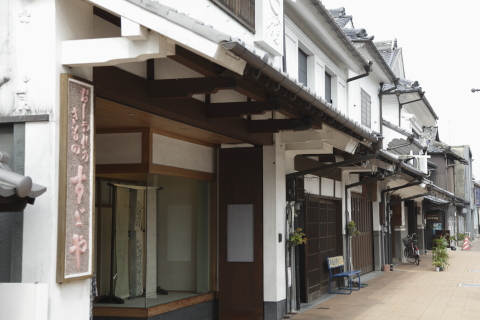 yoshiimachinami.jpg