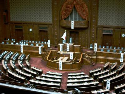 国会議事堂_衆議院議場-1_convert_20120516233157