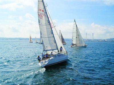 yachtrace_photo01.jpg