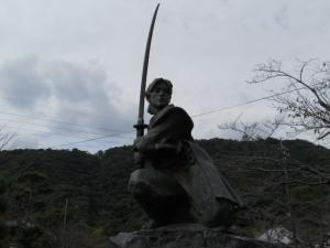 佐々木小次郎の像/The statue of Kojiro Sasaki