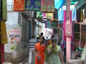 ガンガーの周りの街並み