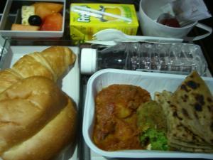 デリーからアンマンへの飛行機の機内食