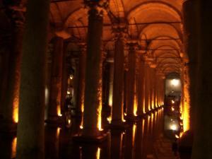 地下宮殿内部