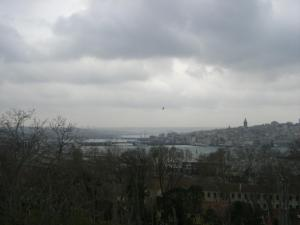 トプカピ宮殿から見たガラタ塔のあたり