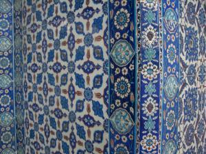 リュステム・パシャ・ジャミィの中のタイルの一部