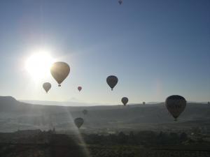 カッパドキア朝日と気球